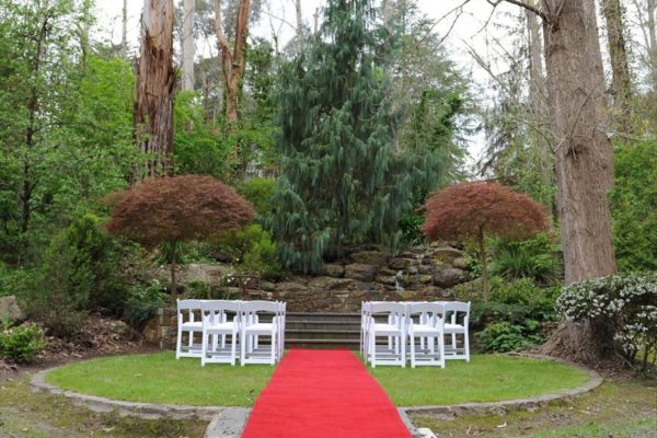 Traditional red carpet aisle